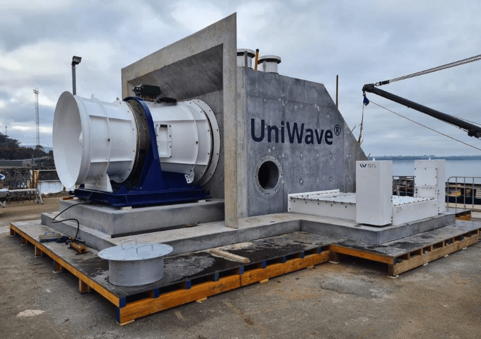 Soto helps renewable energy pioneer Wave Swell Energy in its quest to harness the ocean's power